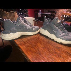 Nike Huraches